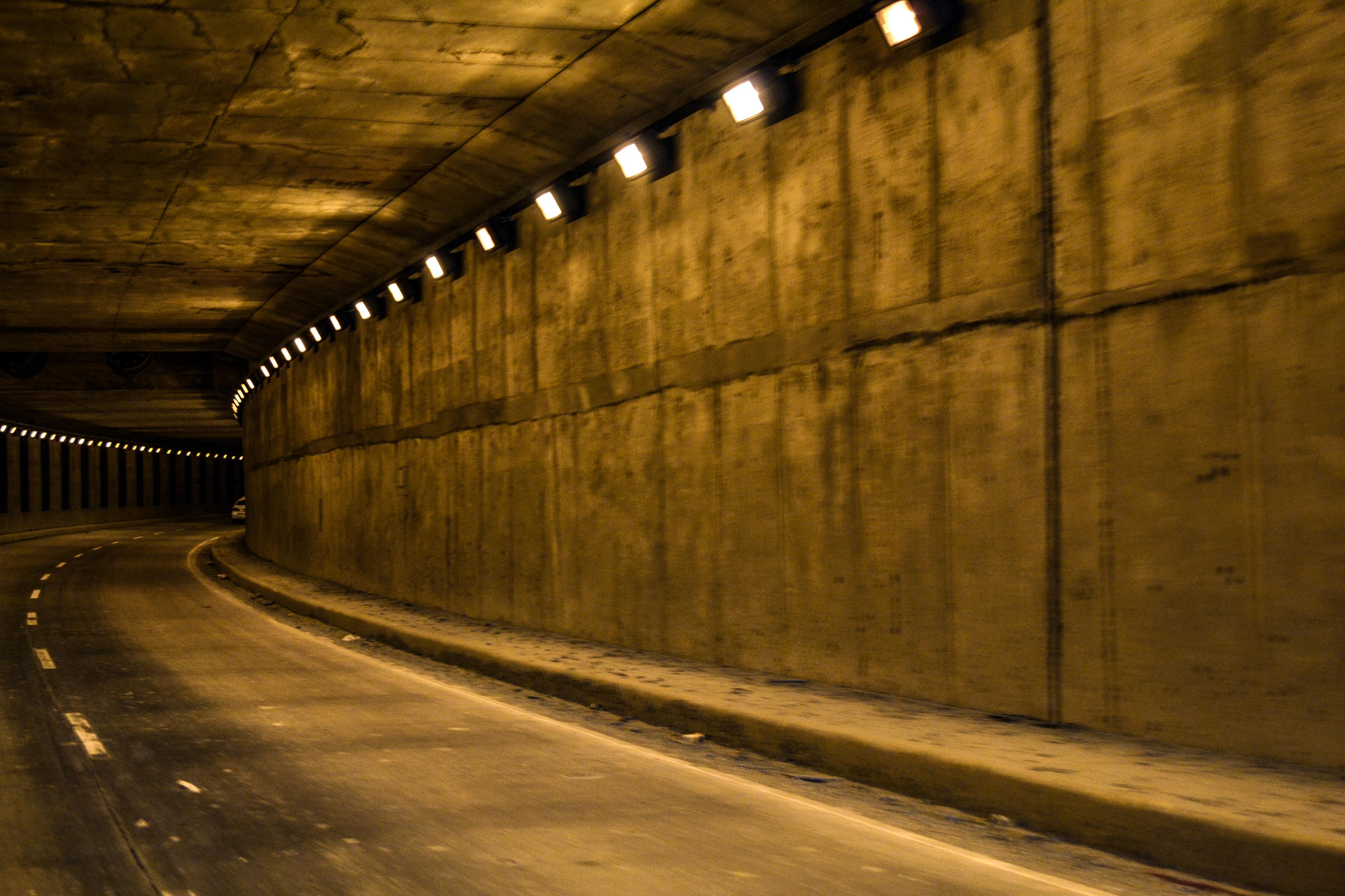 Chael's PhotoBlog | Cebu Subway